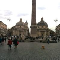 ポポロ広場も曇りと寒さでどよーんと…